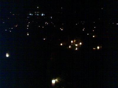 Malmin hautausmaan kynttilät
