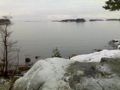 Meri ilman jäätä sekä amerikanjääkuikkaa