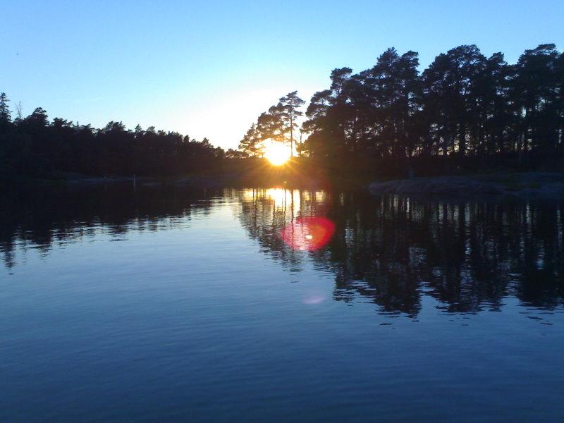 Stora Svartö ja auringonlasku