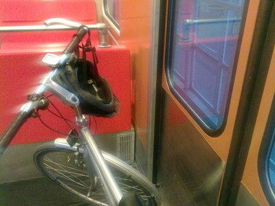 Metrolla Ruoholahteen