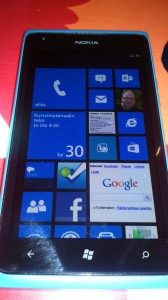 Windows Phone 7.8 kotinäkymä